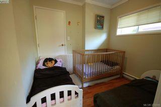Photo 6: 2432 Richmond Rd in VICTORIA: Vi Jubilee Half Duplex for sale (Victoria)  : MLS®# 761847