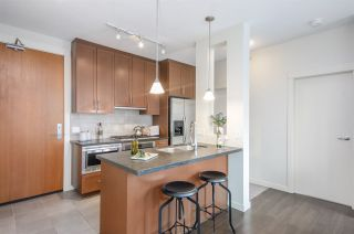 """Photo 9: 3102 1189 MELVILLE Street in Vancouver: Coal Harbour Condo for sale in """"THE MELVILLE"""" (Vancouver West)  : MLS®# R2457836"""