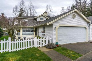 """Photo 2: 124 9208 208 Street in Langley: Walnut Grove Townhouse for sale in """"CHURCHILL PARK"""" : MLS®# R2150916"""