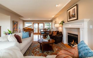 Photo 9: 15539 SEMIAHMOO AVENUE: White Rock House for sale (South Surrey White Rock)  : MLS®# R2554599