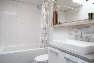 """Photo 16: PH10 2468 BAYSWATER Street in Vancouver: Kitsilano Condo for sale in """"THE BAYSWATER"""" (Vancouver West)  : MLS®# R2461523"""