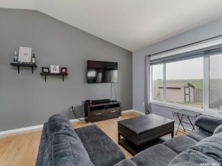 Photo 4: 200 Diefenbaker Avenue in Hague: Residential for sale : MLS®# SK866047