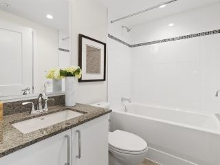 """Photo 13: 28 E 1ST Avenue in Vancouver: Mount Pleasant VE Townhouse for sale in """"PINNACLE ON THE PARK"""" (Vancouver East)  : MLS®# R2599411"""