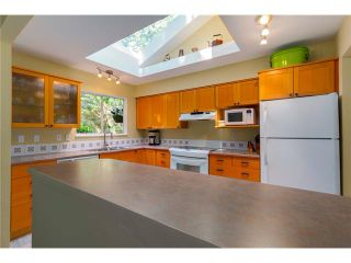 Photo 2: 6447 NELSON Avenue in West Vancouver: Horseshoe Bay WV House for sale : MLS®# V1075760