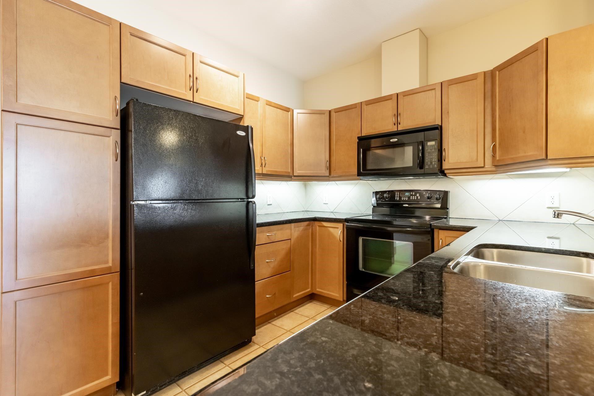 Main Photo: 225 2503 HANNA Crescent in Edmonton: Zone 14 Condo for sale : MLS®# E4245395