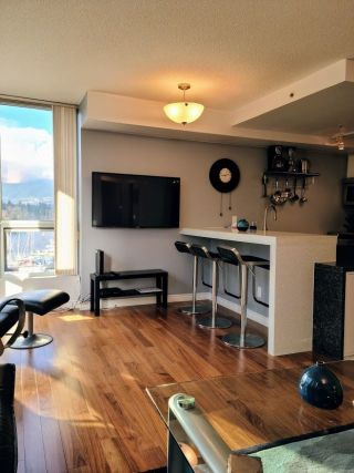 """Photo 9: 603 555 JERVIS Street in Vancouver: Coal Harbour Condo for sale in """"HARBOUR SIDE TOWER"""" (Vancouver West)  : MLS®# R2536707"""
