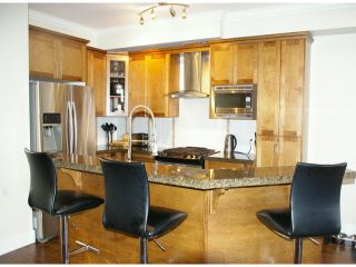 """Photo 3: 21139 80TH Avenue in Langley: Willoughby Heights Townhouse for sale in """"YORKVILLE"""" : MLS®# F1401445"""