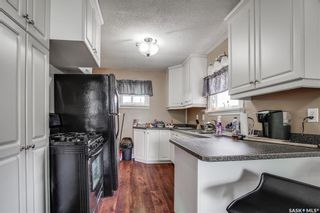 Photo 4: 1808 F Avenue North in Saskatoon: Mayfair Residential for sale : MLS®# SK863658