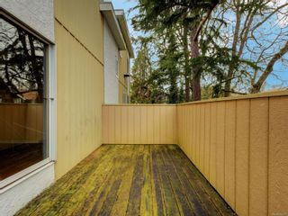 Photo 18: 102 1611 Belmont Ave in : Vi Fernwood Row/Townhouse for sale (Victoria)  : MLS®# 865974
