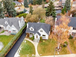 Photo 5: 748 Crescent Road NW in Calgary: Rosedale Detached for sale : MLS®# A1083687