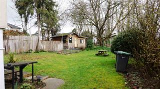 Photo 2: 210 BERNATCHEY Street in Coquitlam: Coquitlam West House for sale : MLS®# R2041025