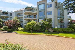 Photo 1: 206 1725 MARTIN Drive in Surrey: Sunnyside Park Surrey Condo for sale (South Surrey White Rock)  : MLS®# R2604978