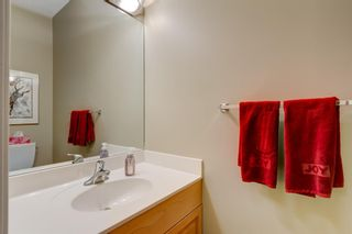 Photo 5: 3731 42 Street SW in Calgary: Glenbrook Semi Detached for sale : MLS®# A1132600
