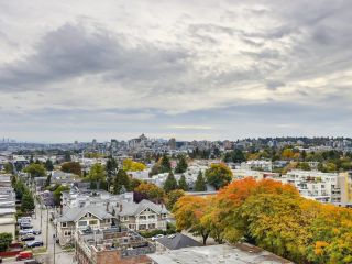 """Photo 13: 1203 2370 W 2ND Avenue in Vancouver: Kitsilano Condo for sale in """"Century House"""" (Vancouver West)  : MLS®# R2625457"""