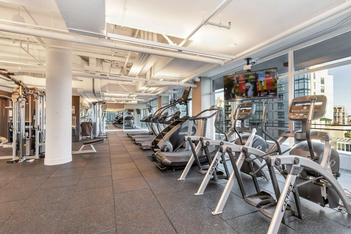 """Photo 24: Photos: 2001 499 PACIFIC Street in Vancouver: Yaletown Condo for sale in """"The Charleson"""" (Vancouver West)  : MLS®# R2456013"""