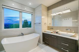 Photo 11: 7750 ELFORD Street in Burnaby: The Crest House for sale (Burnaby East)  : MLS®# R2374736