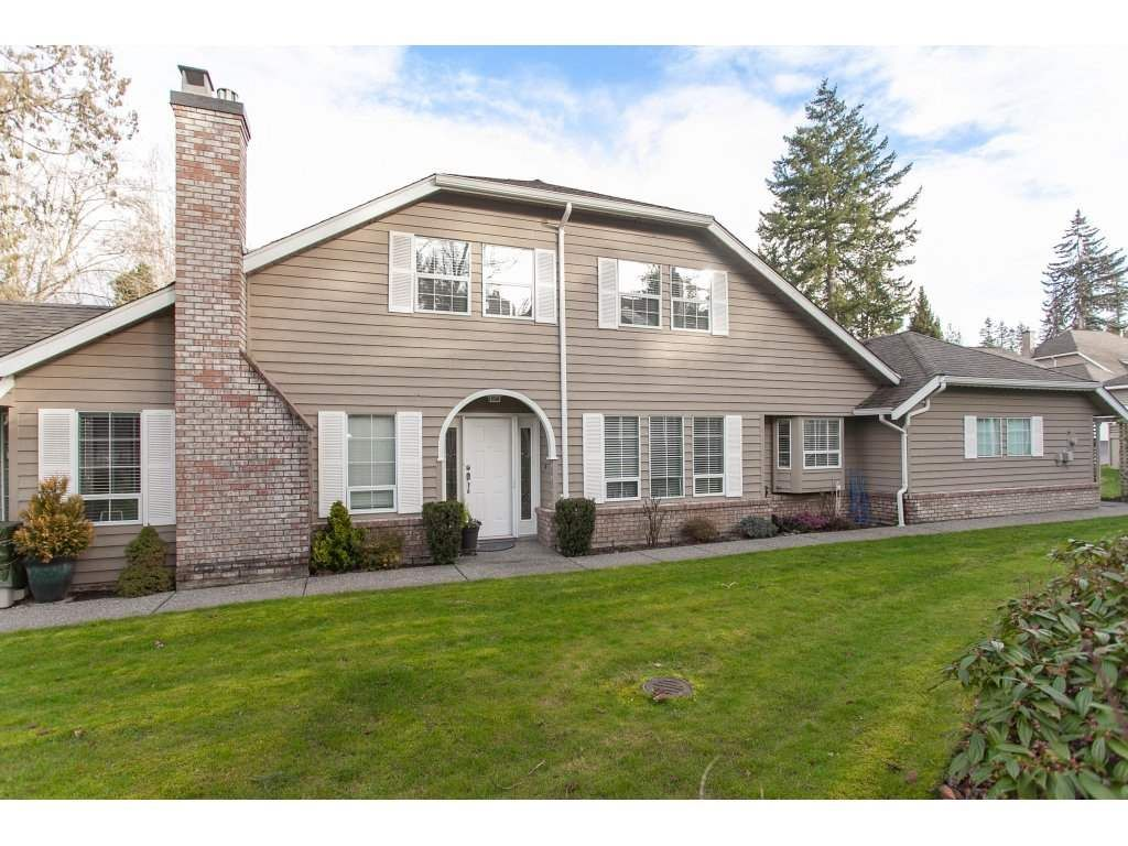 """Main Photo: 11 21848 50 Avenue in Langley: Murrayville Townhouse for sale in """"Cedar Crest Estates"""" : MLS®# R2335999"""