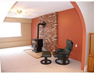 Photo 9: 40628 THUNDERBIRD Ridge in Squamish: Garibaldi Highlands House for sale : MLS®# V685183