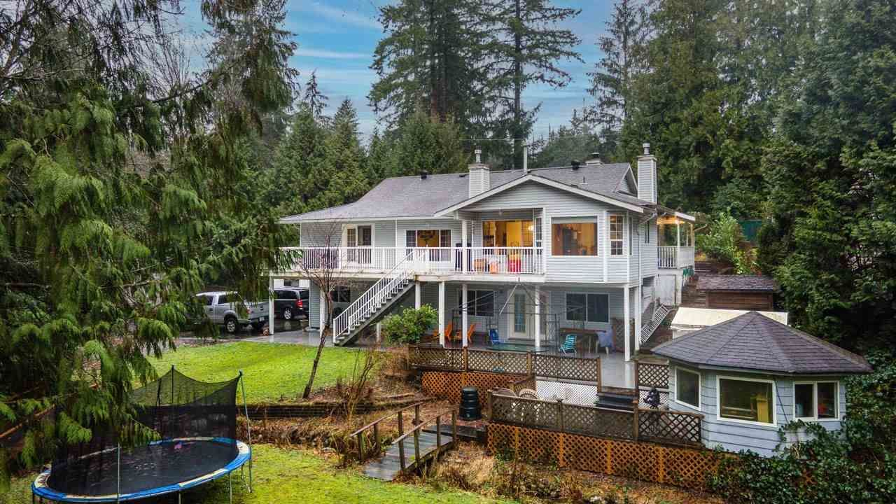 """Main Photo: 23914 FERN Crescent in Maple Ridge: Silver Valley House for sale in """"FERN CRESCENT RIVERFRONT ESTATES"""" : MLS®# R2542412"""