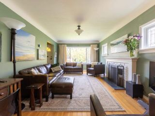 Photo 2: 4064 W 18TH Avenue in Vancouver: Dunbar House for sale (Vancouver West)  : MLS®# R2578155