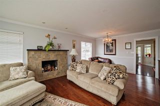 """Photo 2: 8172 BARNETT Street in Mission: Mission BC House for sale in """"College Heights"""" : MLS®# R2151644"""