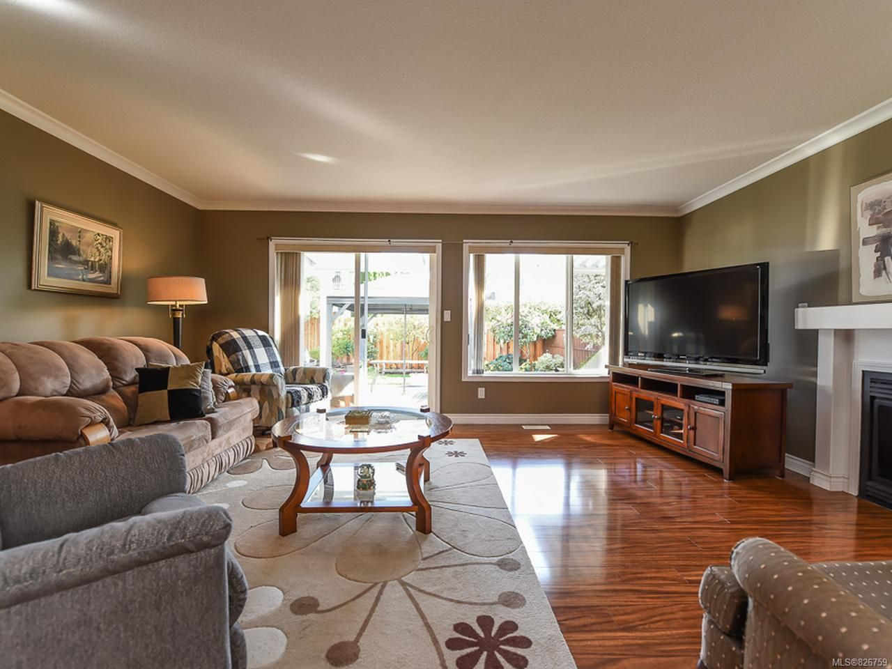 Photo 6: Photos: 2165 Stirling Cres in COURTENAY: CV Courtenay East House for sale (Comox Valley)  : MLS®# 826759