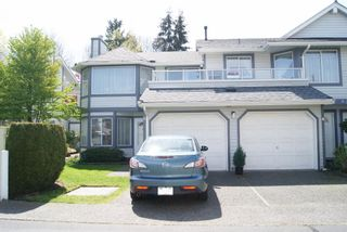 """Photo 1: 5 9253 122 Street in Surrey: Queen Mary Park Surrey Townhouse for sale in """"Kensington Gate"""" : MLS®# R2162184"""