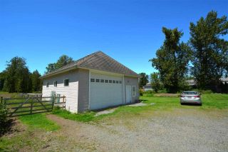 Photo 7: 4569 190 Street in Surrey: Serpentine House for sale (Cloverdale)  : MLS®# R2588506