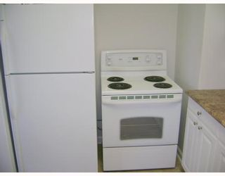 Photo 4: 1129 SPRUCE Street in WINNIPEG: West End / Wolseley Residential for sale (West Winnipeg)  : MLS®# 2807720