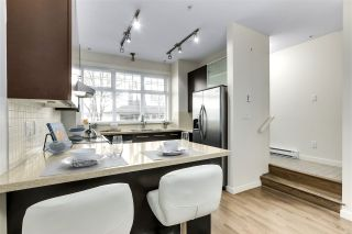 Photo 3: 3736 WELWYN STREET in Vancouver: Victoria VE Townhouse for sale (Vancouver East)  : MLS®# R2544407