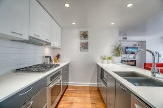 """Photo 1: 902 1372 SEYMOUR Street in Vancouver: Downtown VW Condo for sale in """"The Mark"""" (Vancouver West)  : MLS®# R2562994"""