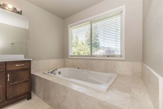 Photo 17: 511 COTTONWOOD Avenue: Harrison Hot Springs House for sale : MLS®# R2353509