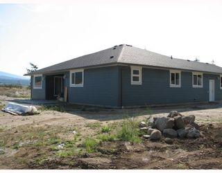 "Photo 3: 5730 GENNIS Way in Sechelt: Sechelt District House for sale in ""THE RIDGE"" (Sunshine Coast)  : MLS®# V785526"