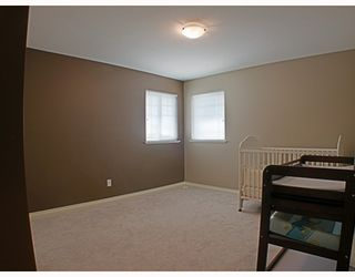 Photo 8: 7715 MCCARTHY Court in Burnaby: Burnaby Lake House for sale (Burnaby South)  : MLS®# V771957