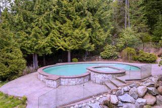 Photo 36: 712 SPENCE Way: Anmore House for sale (Port Moody)  : MLS®# R2496984