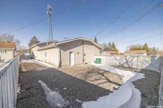 Photo 8: 608 Gray Avenue in Saskatoon: Sutherland Residential for sale : MLS®# SK847542