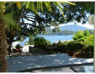 Photo 2: 458 ABBS Road in Gibsons: Gibsons & Area House for sale (Sunshine Coast)  : MLS®# V769677