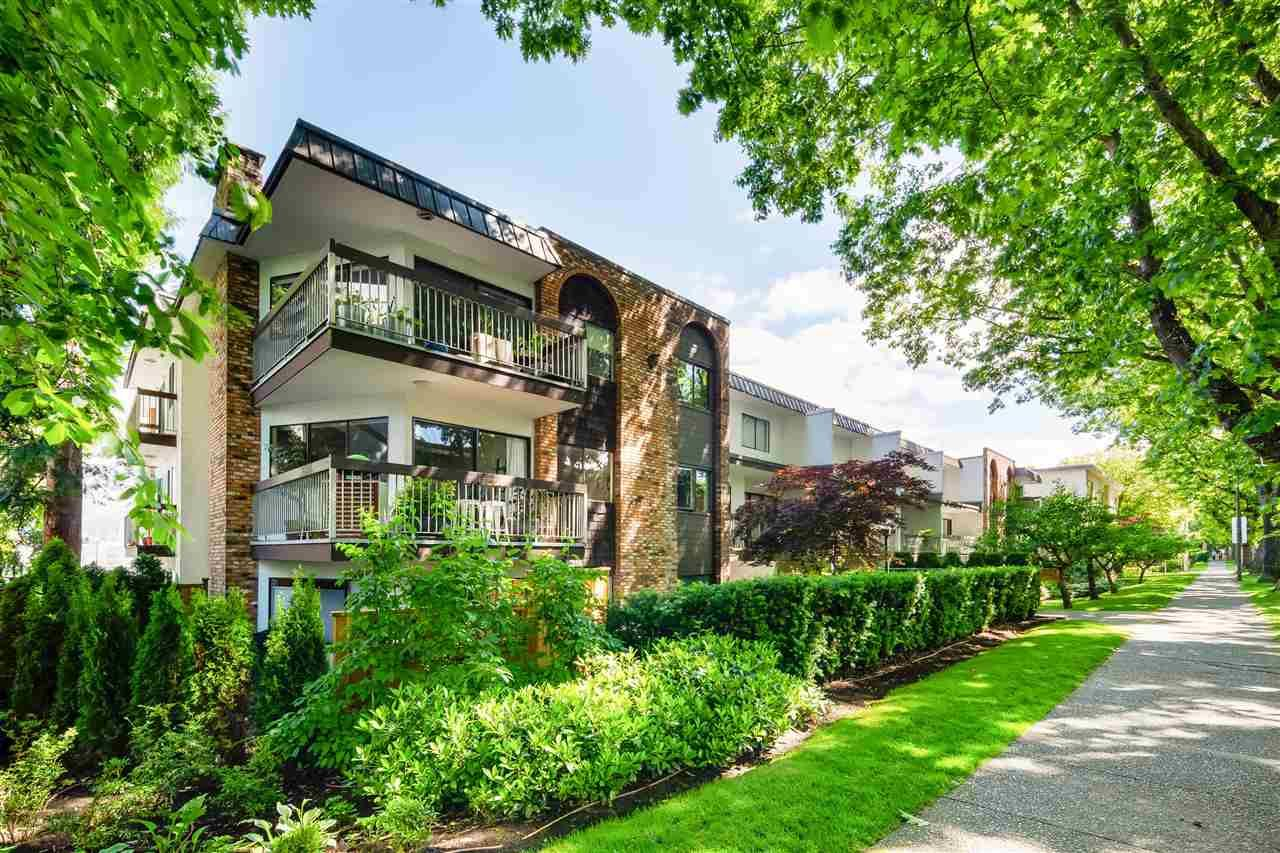 Main Photo: 106 345 W 10TH Avenue in Vancouver: Mount Pleasant VW Condo for sale (Vancouver West)  : MLS®# R2590548