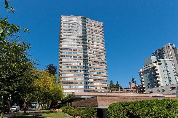 """Photo 1: Photos: 1601 2055 PENDRELL Street in Vancouver: West End VW Condo for sale in """"Panorama Place"""" (Vancouver West)  : MLS®# R2046981"""