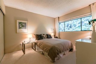 """Photo 13: 836 HENDECOURT Road in North Vancouver: Lynn Valley Townhouse for sale in """"LAURA LYNN"""" : MLS®# R2202973"""