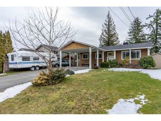 Photo 1: 2084 WILEROSE Street in Abbotsford: Central Abbotsford House for sale : MLS®# R2344254