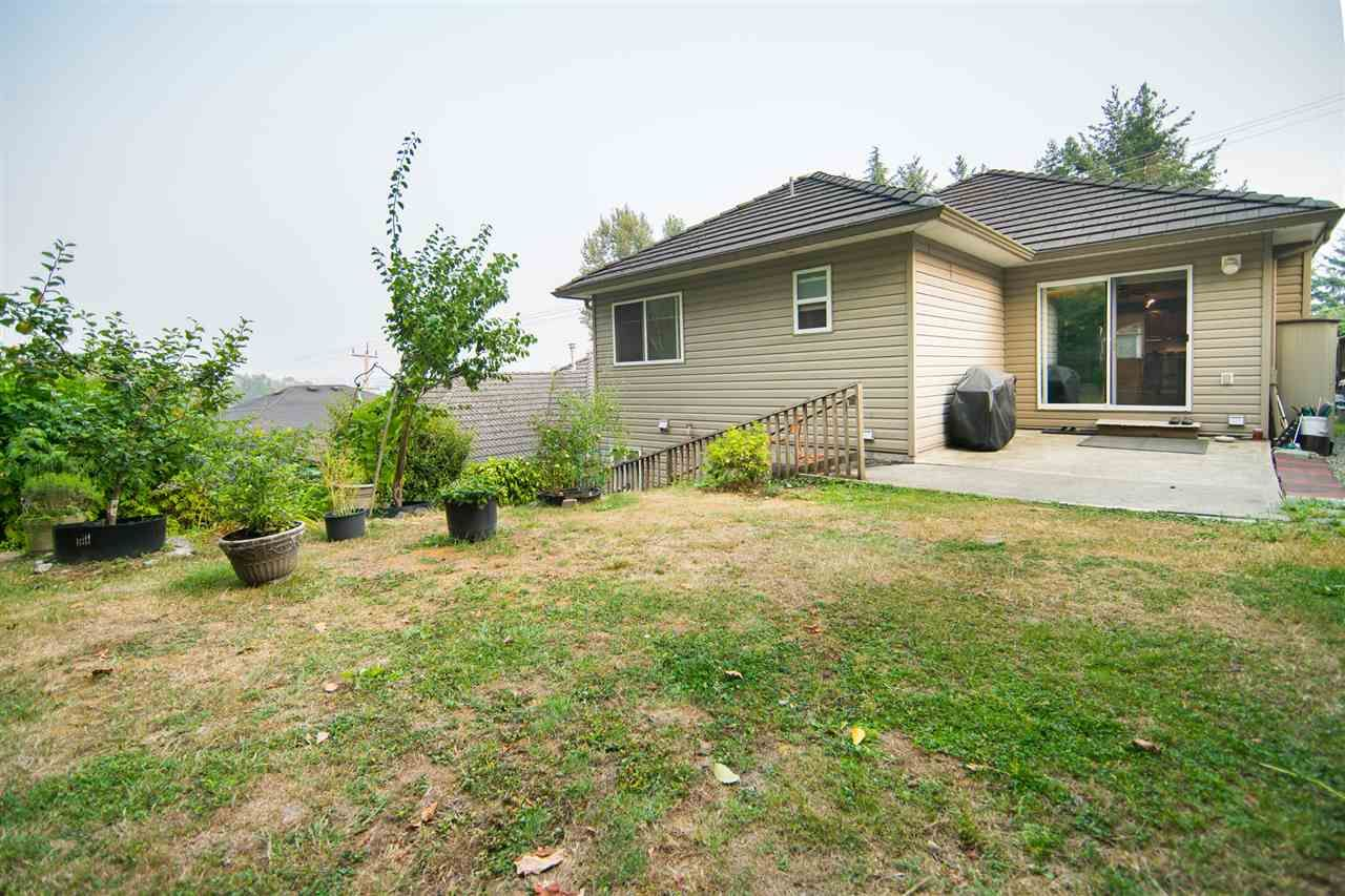 Photo 20: Photos: 2403 DAWES HILL Road in Coquitlam: Coquitlam East House for sale : MLS®# R2197337