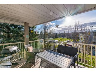 """Photo 17: 232 13900 HYLAND Road in Surrey: East Newton Townhouse for sale in """"Hyland Grove"""" : MLS®# R2519167"""