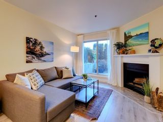 Photo 5: 109 1241 Fairfield Rd in : Vi Fairfield West Condo for sale (Victoria)  : MLS®# 879918