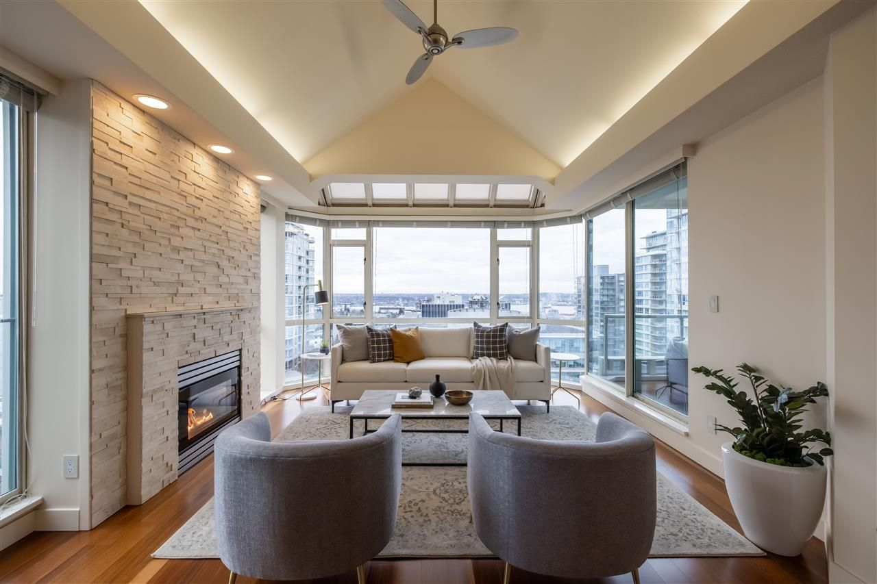 """Main Photo: 1202 140 E 14TH Street in North Vancouver: Central Lonsdale Condo for sale in """"Springhill Place"""" : MLS®# R2534035"""