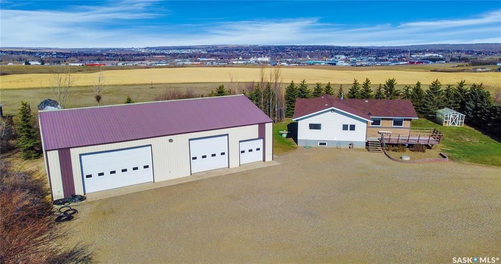 Main Photo: Shaw Acreage in Swift Current: Residential for sale (Swift Current Rm No. 137)  : MLS®# SK851414