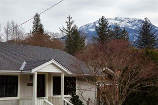 Photo 4: 39698 CLARK ROAD in Squamish: Northyards House for sale : MLS®# R2551003