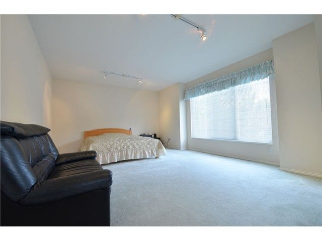Photo 11: Photos: 1461 MOORE Place in Coquitlam: Hockaday House for sale : MLS®# V1060931