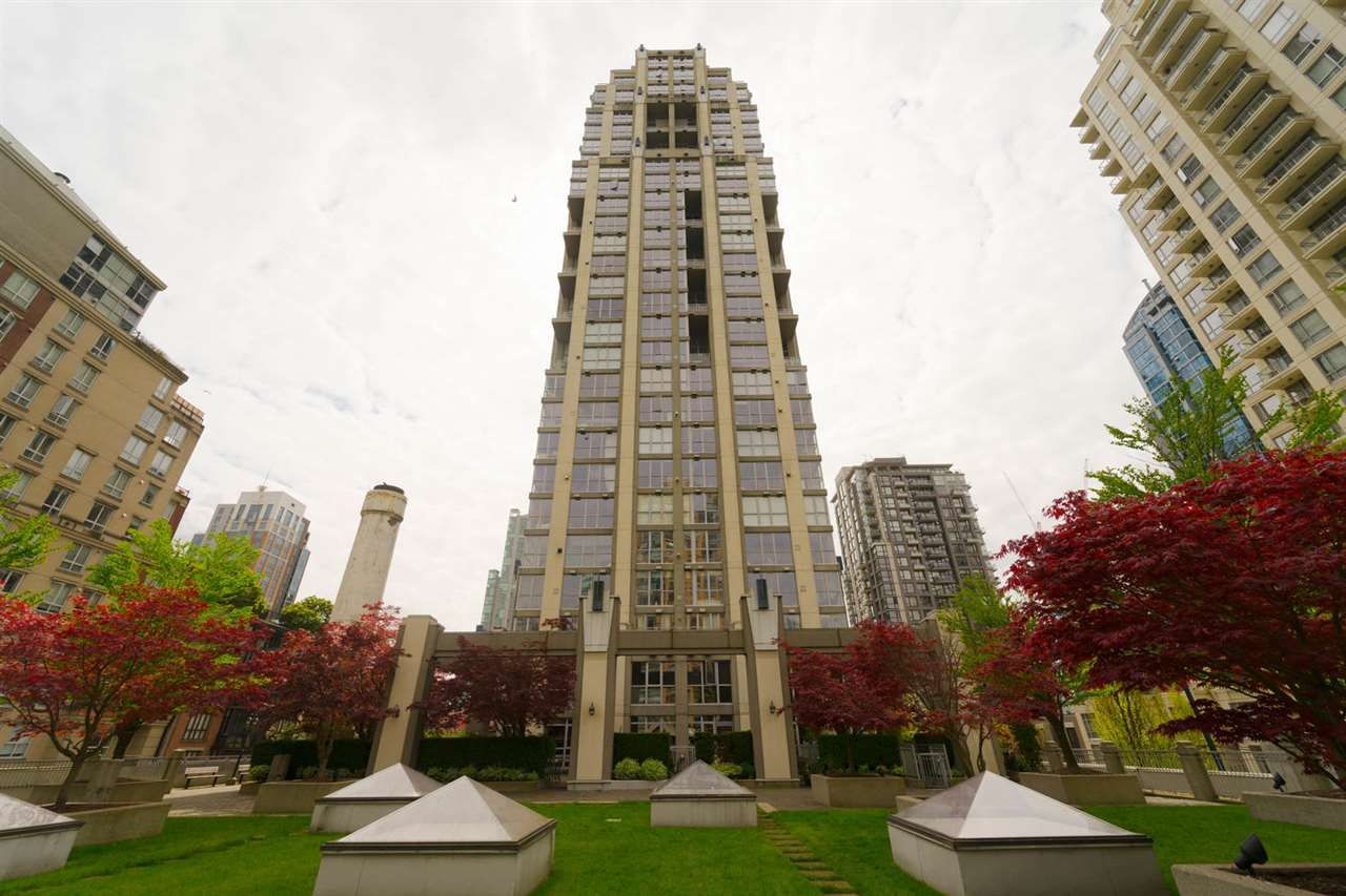 """Main Photo: 508 1238 RICHARDS Street in Vancouver: Yaletown Condo for sale in """"METROPOLIS"""" (Vancouver West)  : MLS®# R2266350"""