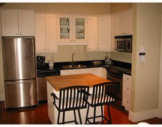 Photo 5: 301 E 18TH Avenue in Vancouver: Main House for sale (Vancouver East)  : MLS®# V794683